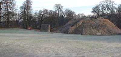 Berkhamsted Castle in the frost