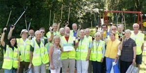 Berkhamsted Litter Pickers Award 2011 - winners of the 2011 Community Champion Award