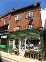 House of Elliott, Hemel Old Town