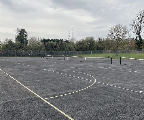 Tennis and Netball Courts at Cupid Green in Grovehill